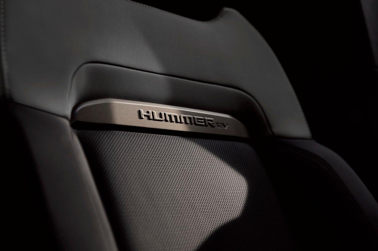 2024 GMC HUMMER EV SUV Seat